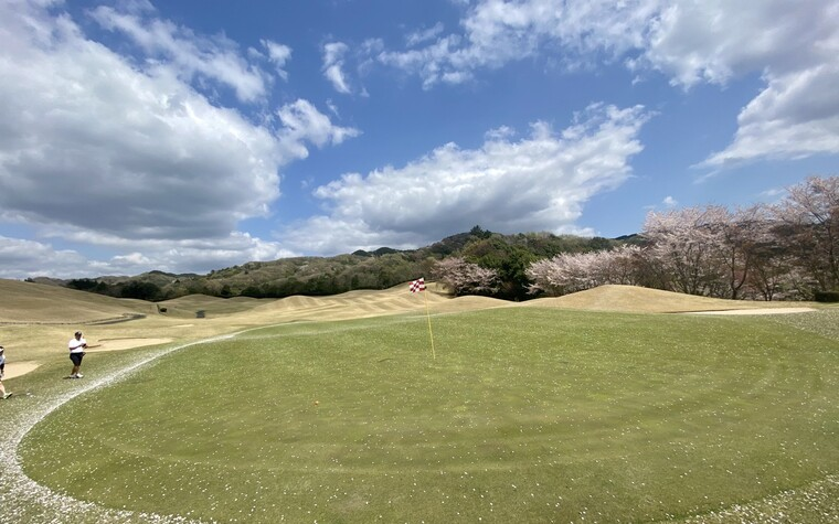 A view of Shin-Seizansou Country Club golf course in Japan